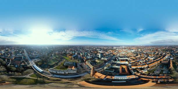 vista aérea equirrectangular desde la ciudad de odense - 360 fotografías e imágenes de stock