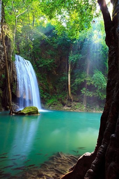 Erawan Wasserfall in Kanchanaburi, Thailand – Foto