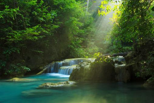 Erawan Waterfall - zdjęcia stockowe i więcej obrazów Azja