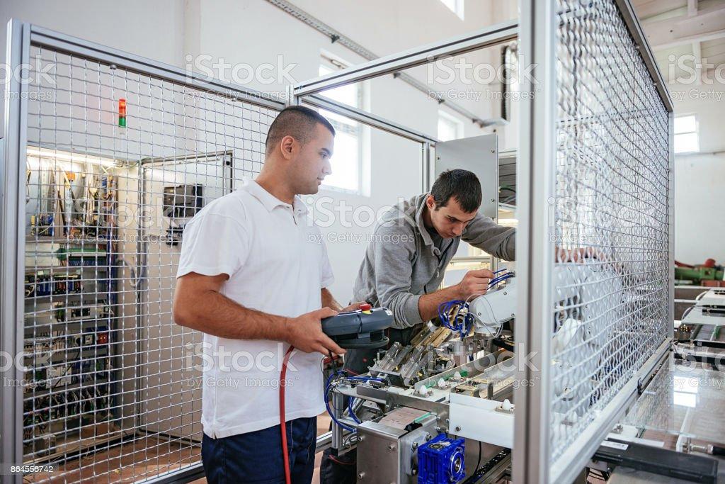 Ergonomie in der Produktion und Automatisierung Lizenzfreies stock-foto