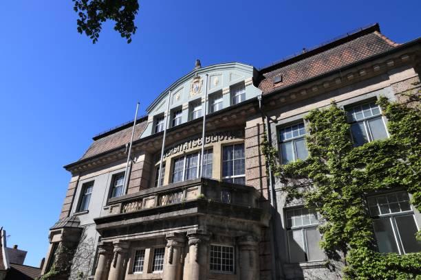 Erlangen University Library Erlangen town in Germany (region of Middle Franconia). University library at Friedrich-Alexander University Erlangen-Nurnberg. erlangen stock pictures, royalty-free photos & images