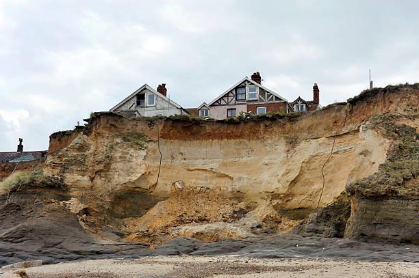 erozja  - erodowany zdjęcia i obrazy z banku zdjęć