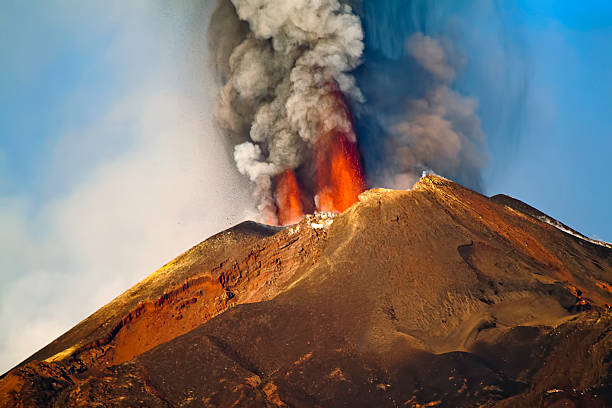 Eruption Etna Paroxysm of Etna - 26 October 2014 - Sicily volcano stock pictures, royalty-free photos & images