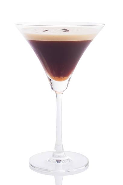 espresso martini-cocktail - espresso stock-fotos und bilder