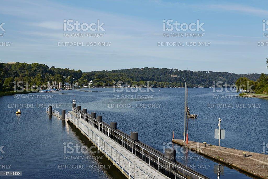 Essen (Deutschland)-Damm des Baldeney-See (Baldeneysee – Foto