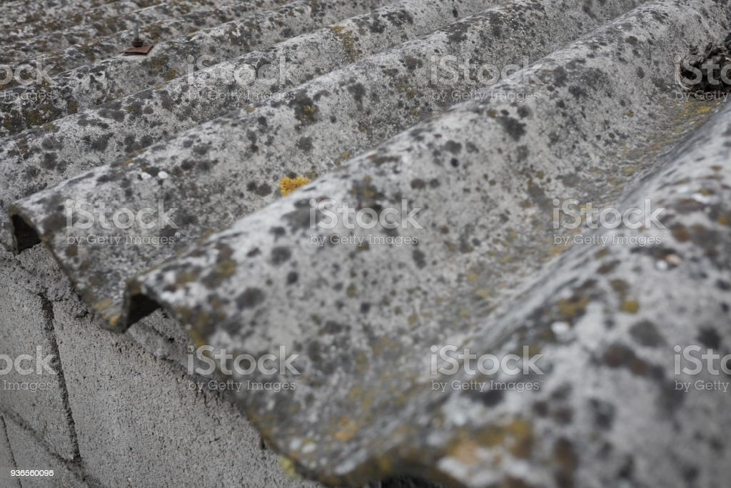 Eternit placas no centro da cidade - foto de acervo
