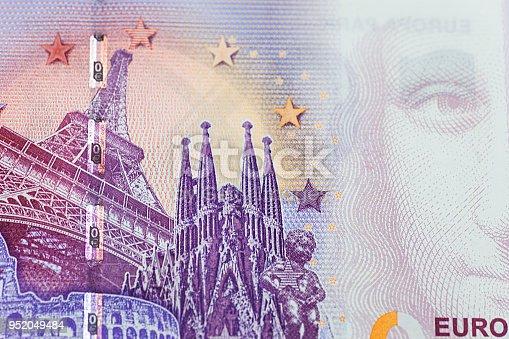 istock 0 euro banknote 952049484