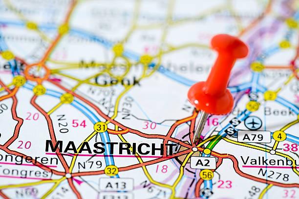 european cities on map series: maastricht - maastricht stockfoto's en -beelden