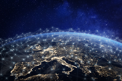 European Telecommunication Network Connected Over Europe France Germany Uk Italy Concept About Internet And Global Communication Technology For Finance Blockchain Or Iot Elements From Nasa - Fotografie stock e altre immagini di Affari
