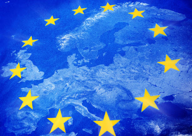europäischen union karte und flagge - ec karte stock-fotos und bilder