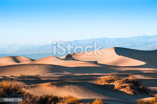 Evening at Mesquite Flat Sand dunes in Death Valley National Park