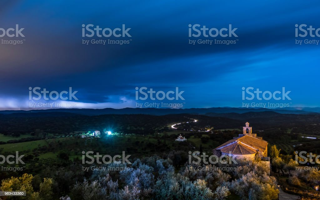 Ciel du soir sur la vallée - Photo de Beauté libre de droits