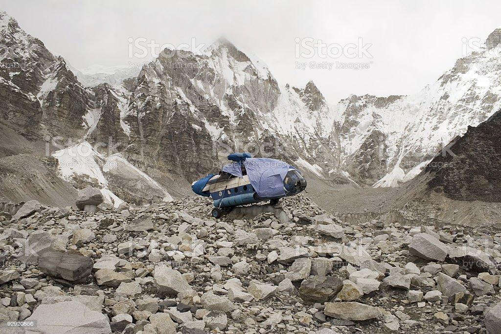 Everest de helicóptero - foto de acervo