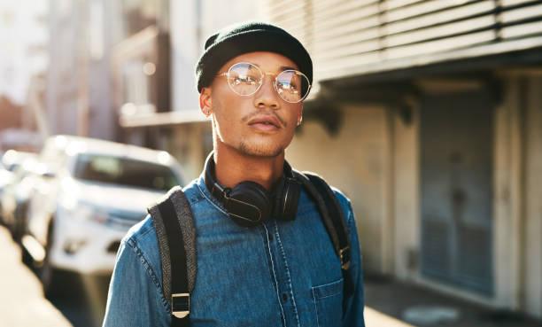 every day is a new start - homem chapéu imagens e fotografias de stock