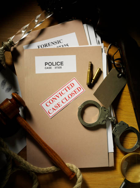 evidence case closed on a police file - murder mystery stock photos and pictures