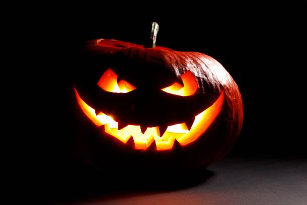 mal abóbora de halloween - lanterna de halloween - fotografias e filmes do acervo