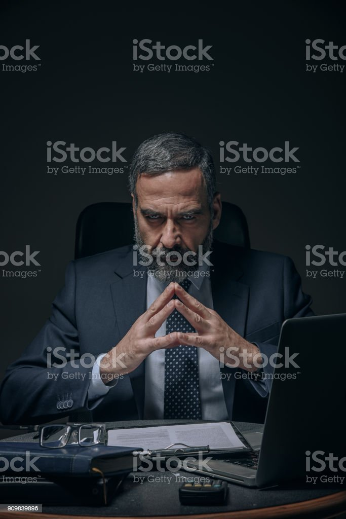 Böse senior Business-Mann – Foto