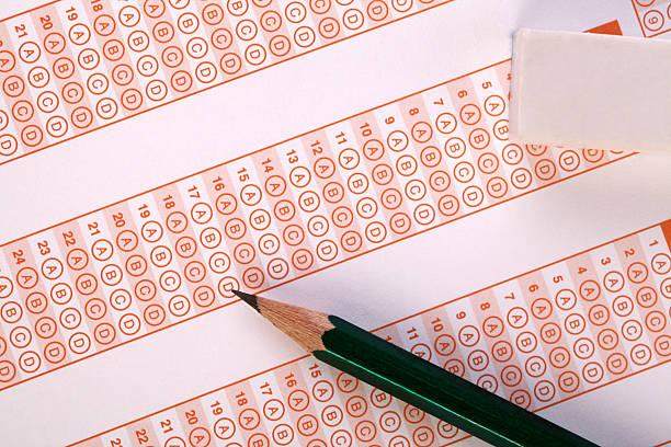 schulische prüfung - multiple intelligenz umfrage stock-fotos und bilder