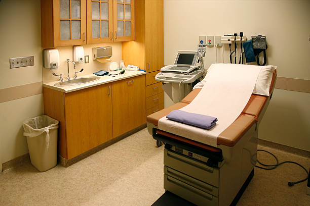 examination room - doctors office stock pictures, royalty-free photos & images