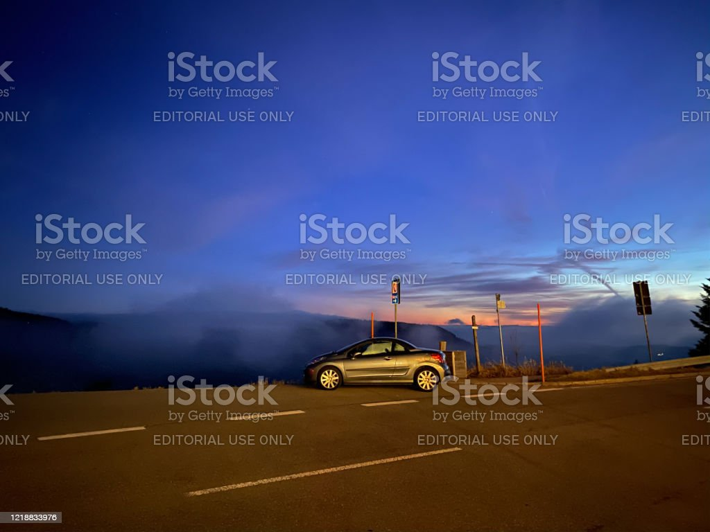 Example Of Night Shot By Apple Computers Iphone 11 Pro Sunset Car Stock Photo Download Image Now Istock