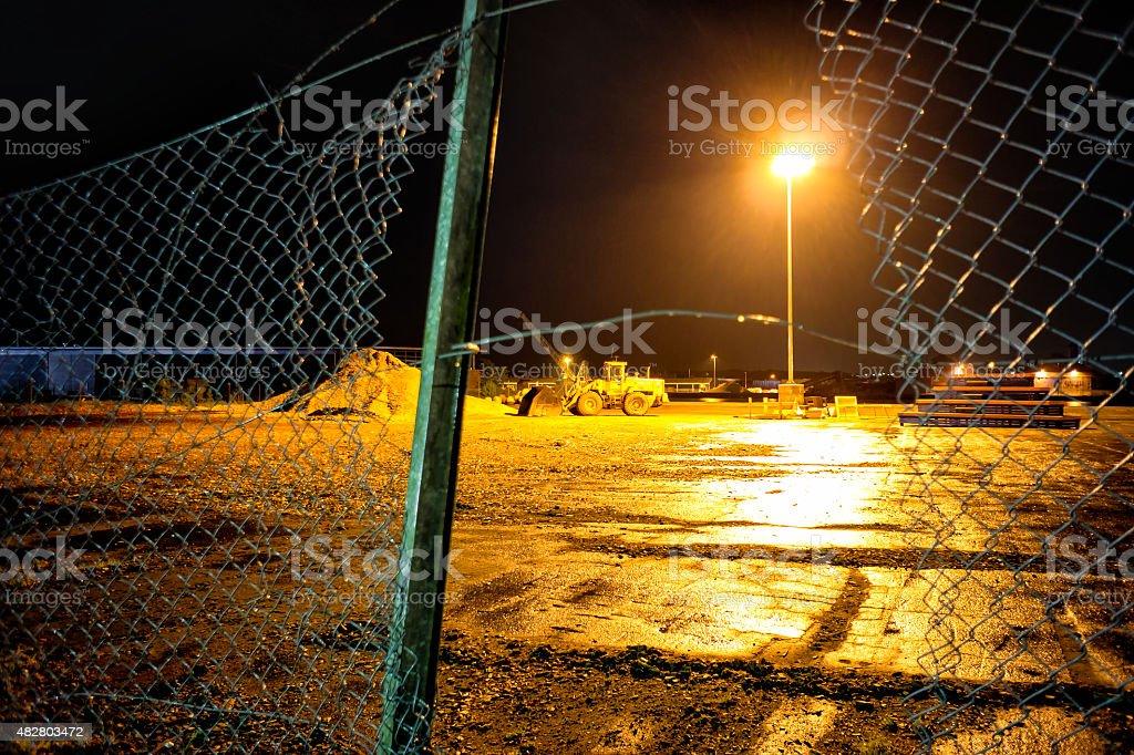 Excavating Maschine auf ein dänisches Baustelle während der Nacht – Foto