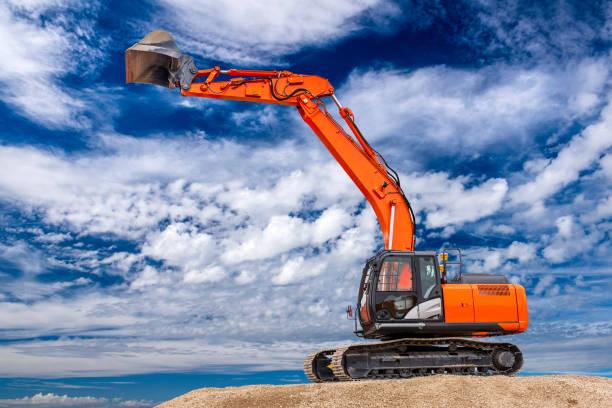 Bagger bei der Arbeit auf der Baustelle – Foto