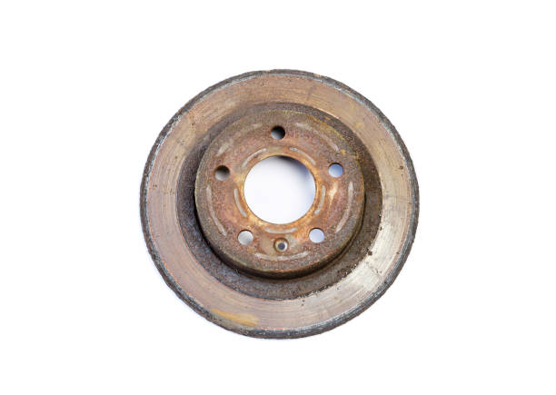 excessivement utilisé des disques de frein rouillé - disque de frein photos et images de collection