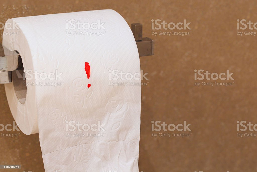 Exclamation mark on a toilet paper - foto stock