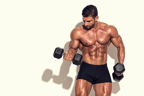 Cтоковое фото Упражнения с весами