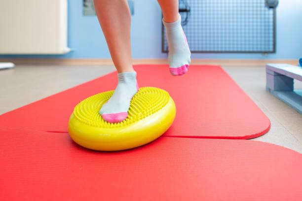 Übungen für Knöchel Propriozeption in einer Physiotherapie-Studie – Foto
