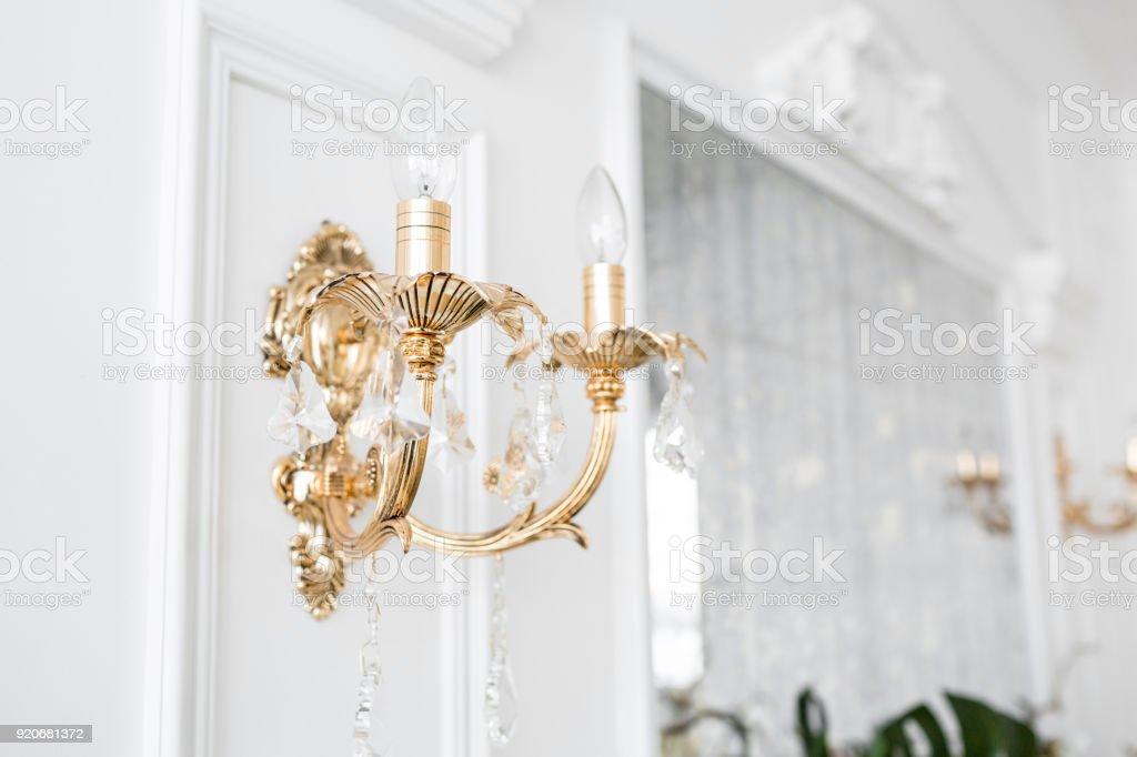 Kronleuchter Wand ~ Schlafzimmer wand kronleuchter kare austria