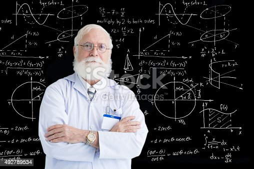 istock Experienced scientist 492789534