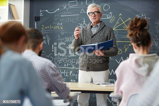istock Explanation of formulae 905256670