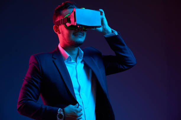 exploring virtual reality - virtual reality stock pictures, royalty-free photos & images