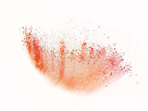explosion der bunten Pulver isoliert auf weiss – Foto