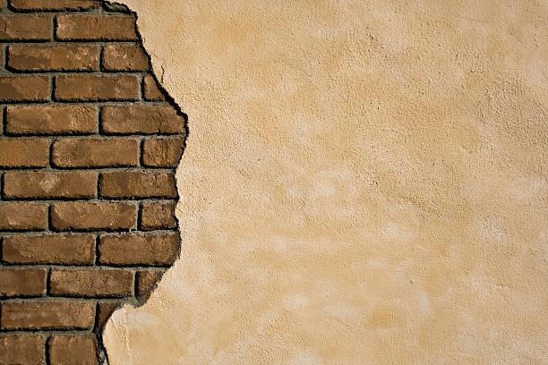 murs en briques apparentes - adobe photos et images de collection