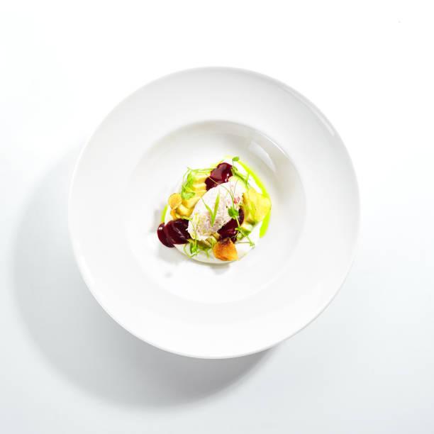 Exquisite Servierung AvocadoSalat mit Trüffel und Krabbe – Foto