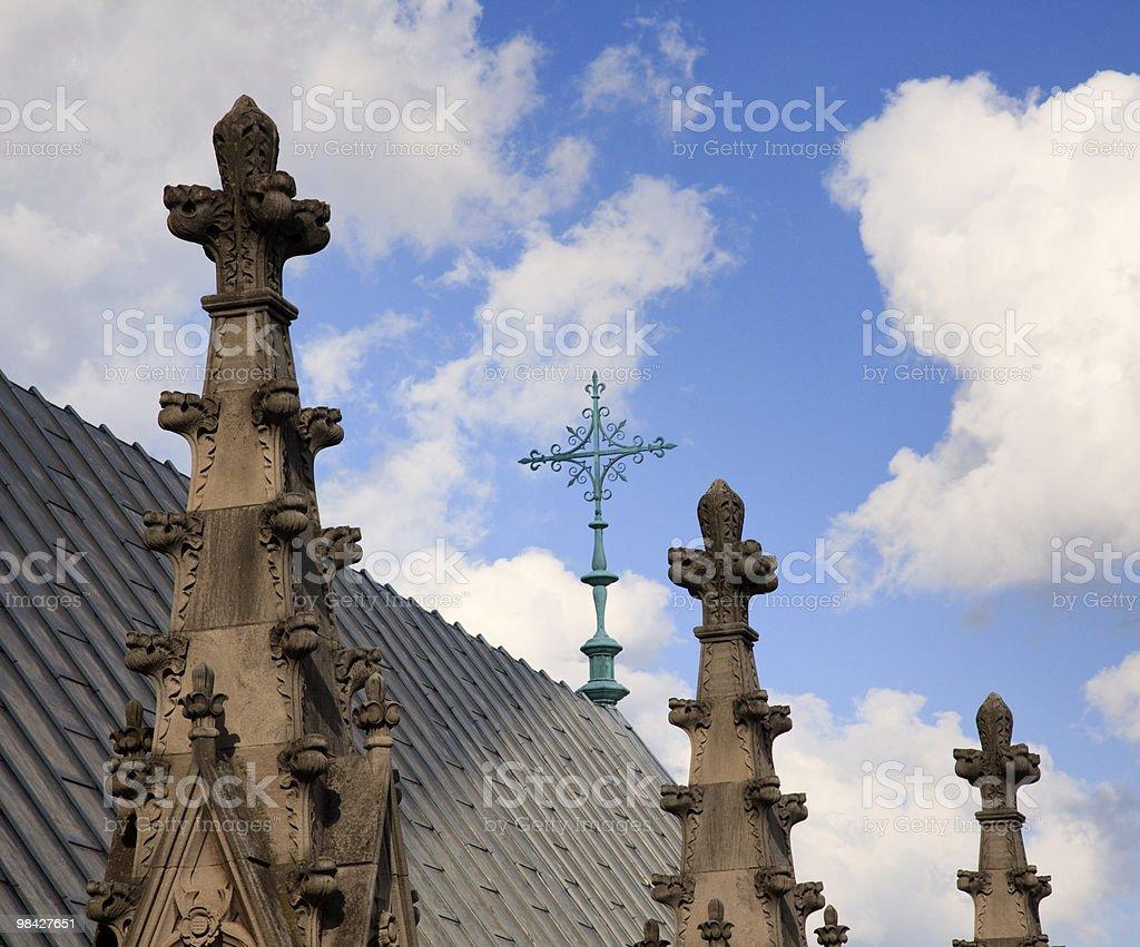Esterno intagli sul tetto della Cattedrale foto stock royalty-free