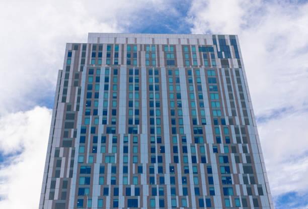 Exterior de un edificio de Apartamento moderno - foto de stock