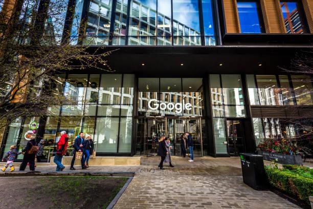 exterior of google office headquarters in london, uk - big tech foto e immagini stock