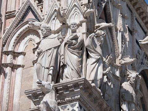 Foto de Exterior Da Catedral De Siena e mais fotos de stock de Antigo