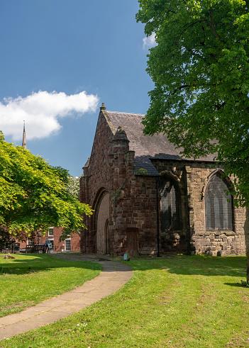 Buitenkant Van De Kerk Van St Tsjaad In Shrewsbury Stockfoto en meer beelden van Architectuur