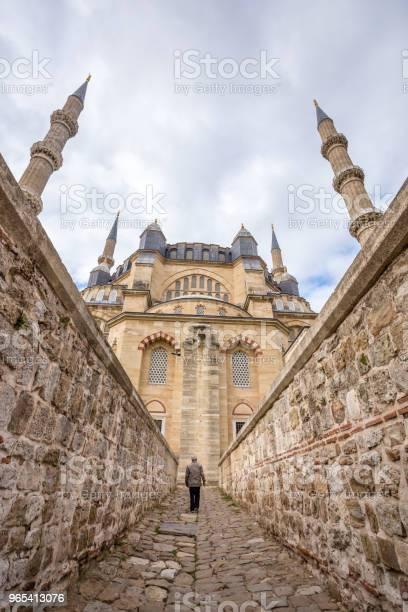 Foto de Vista Exterior Da Mesquita Selimiye Em Edirne Turquia e mais fotos de stock de Adulto