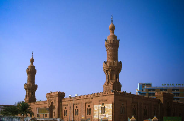 exterior view to great masjid at khartoum, soudan - sudan stock photos and pictures