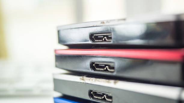 externe festplatte bunte hautnah - desktop hintergrund hd stock-fotos und bilder