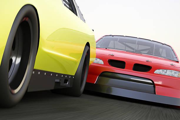 extreme circuito de carreras de coches de carrera competitivo, desea transmitir - vuelta completa fotografías e imágenes de stock