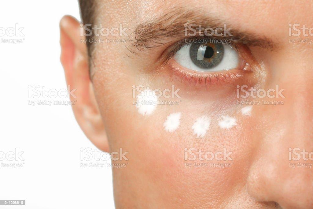 Augencreme Behandlung – Foto