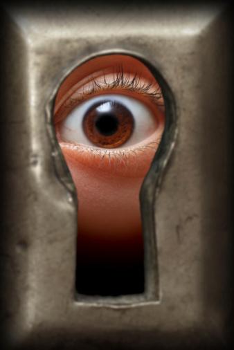 Oko W Dziurkę Od Klucza - zdjęcia stockowe i więcej obrazów Ciekawość