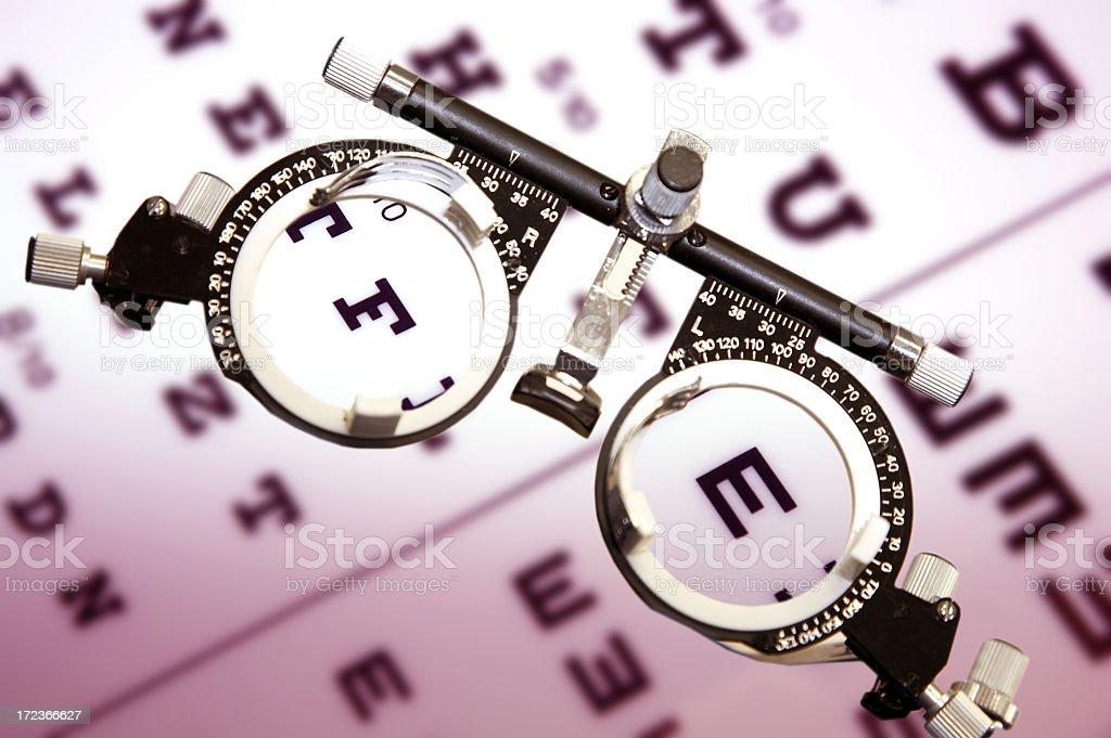 Tabelle zum Testen Anblick und Gläser Lizenzfreies stock-foto