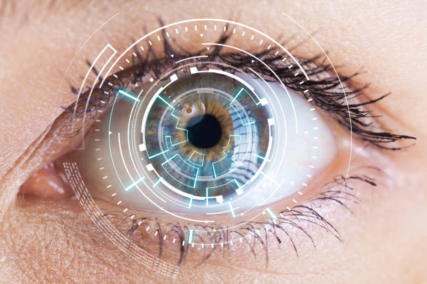 eye viewing digital information - optometrist stock pictures, royalty-free photos & images
